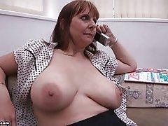 Mamma stora bröst av br1990